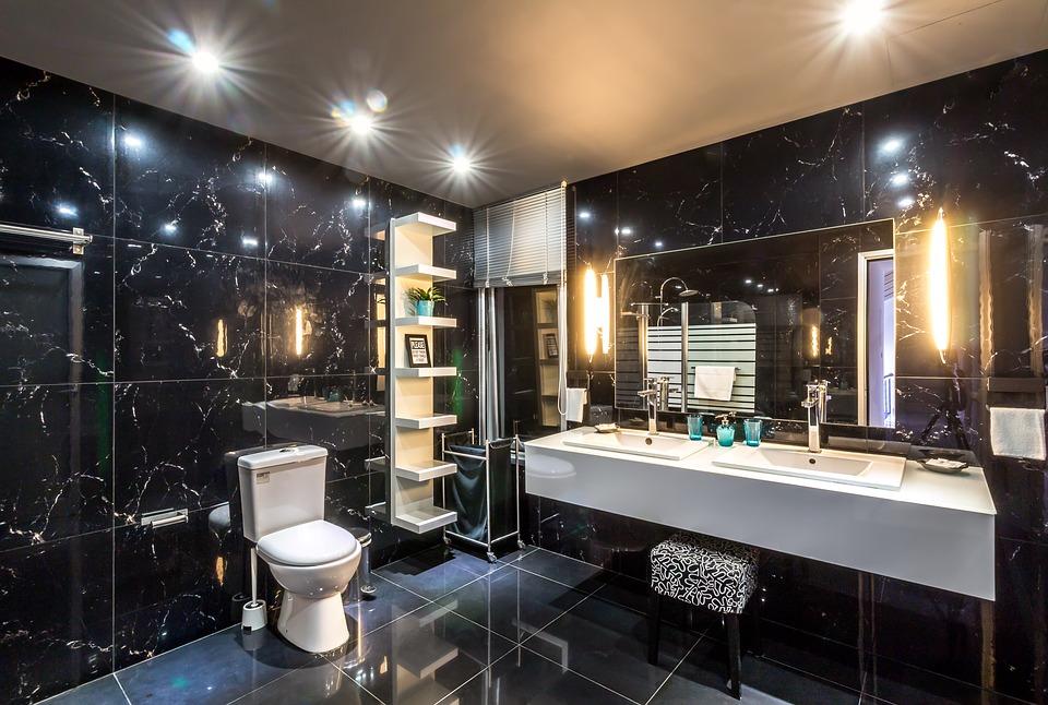 Bathroom Redecorating Ideas in Budget