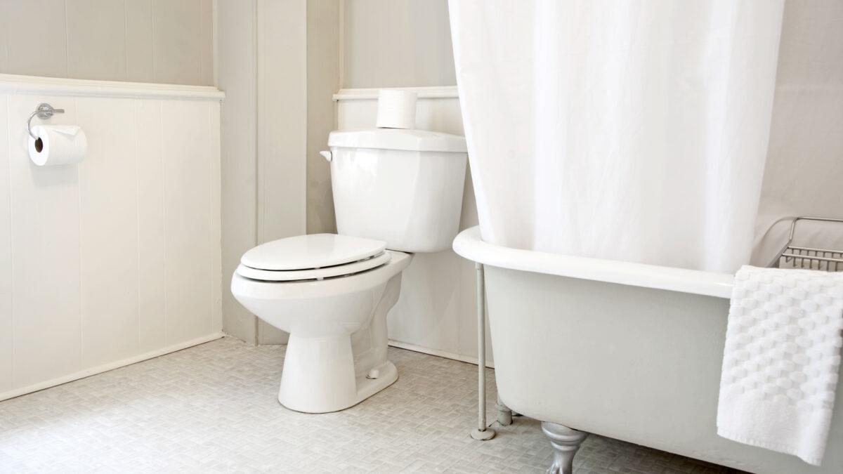 3 Simple Ways To Keep A Cleaner Bathroom